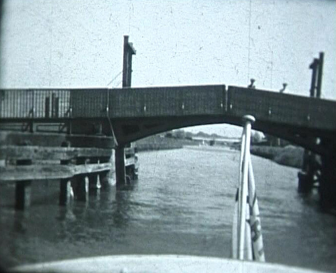 Haddiscoe bridge in the 1930's